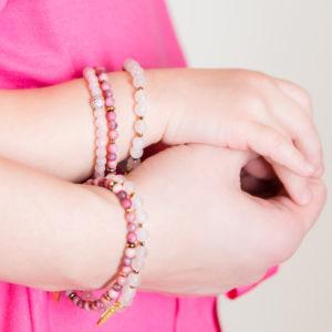 Suurepärane kingitus - poolvääriskivid roosa kvart, hematiit, turmaliin, rodoniit. Eesti disain.