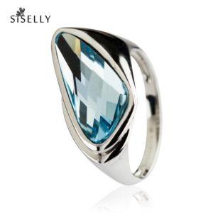 Suurepärane kingitus - hõbedast sõrmus Swarovski kristalliga