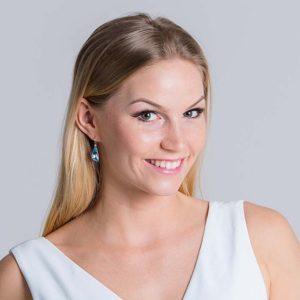 Suurepärane kingitus - kõrvarõngad hõbedast Swarovski kristalliga. Eesti disain
